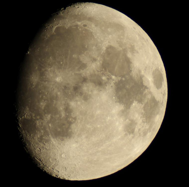 Луна 31.10.2017 20.00.jpg