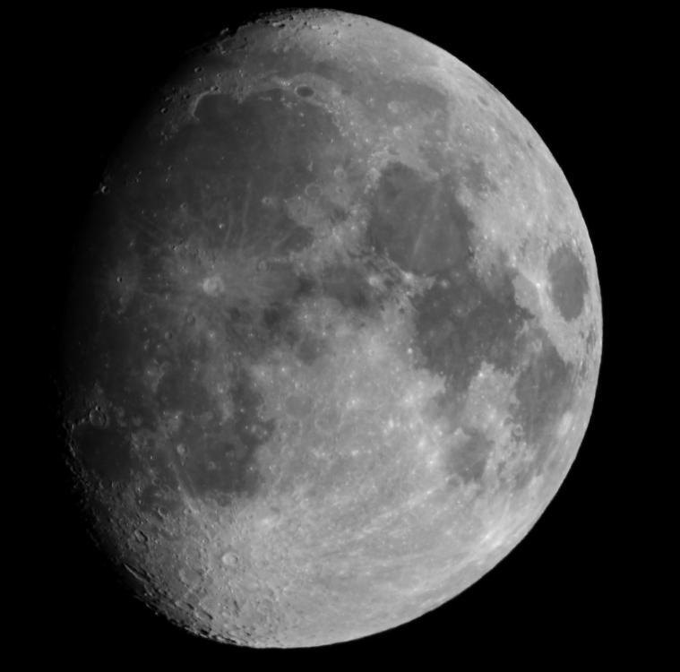 Луна 31.10.2017 20.00...jpg
