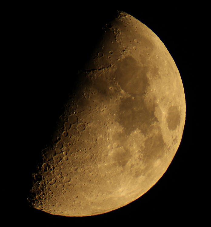 Луна Трабы 28.09.2017 21.00 исо400 1.50 выдержка32.jpg