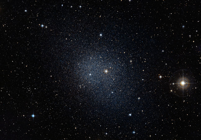 Local-Group-Fornax-dwarf-ESO_Digitized-S